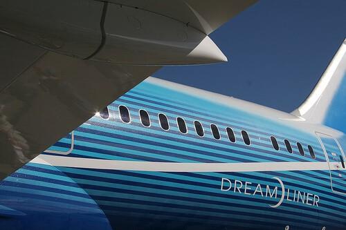 Boeing 787 Fuselage (photo: markjhandel via Flickr)