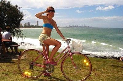 pink_bike_vintage_sexy.jpg